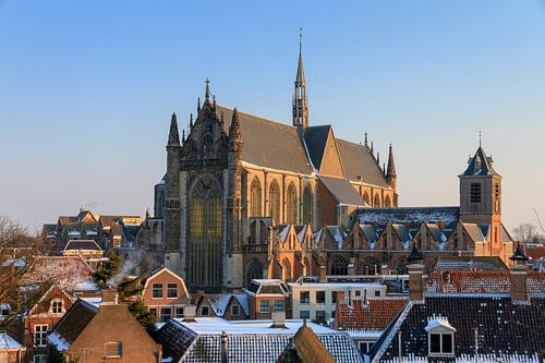 Hooglandse kerk Leiden in de winter van Dennis van de Water