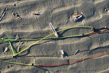 Lijnenspel op het strand van Aart Advocaat Fotografie - Imageplein.nl