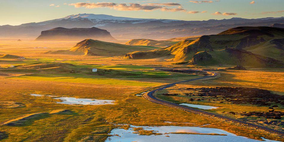 IJsland Landschap Dyrholaey van Sander Grefte