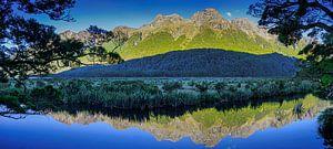 Mirror Lake in Fiordland, Nieuw Zeeland
