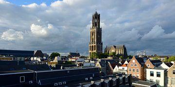 Stadsgezicht met Domtoren en Domkerk in Utrecht sur In Utrecht