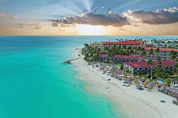 Luftaufnahme vom Strand Manchebo auf Aruba in den Niederländischen Antillen von Nisangha Masselink
