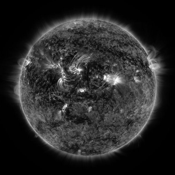 Mercurius die voorbij de zon trekt in zwartwit van Atelier Liesjes