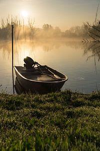 Bootje met zonsopkomst