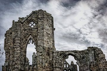 Ruïne van kathedraal van Whitby, North Yorkshire van Rietje Bulthuis