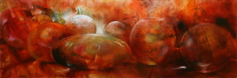 Reflectie - rode glazen knikkers, kommen en bollen van Annette Schmucker