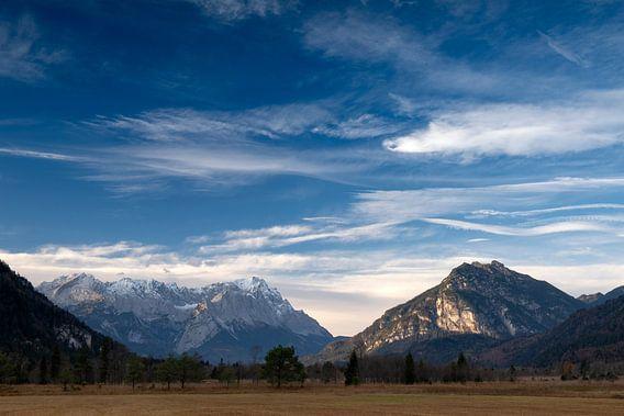 Föhnstimmung über der Zugspitze von Andreas Müller