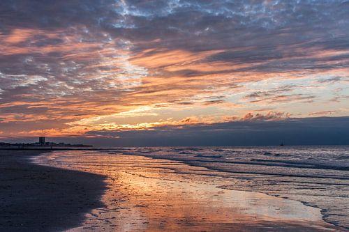 sunset at Nieuwpoort van Koen Ceusters