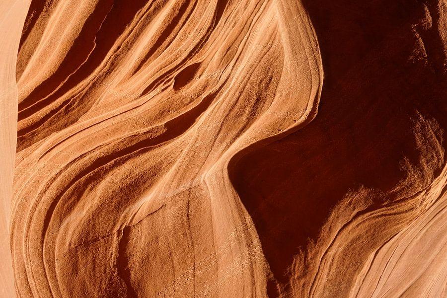 Antelope Canyon 1 van Louis ten Kate