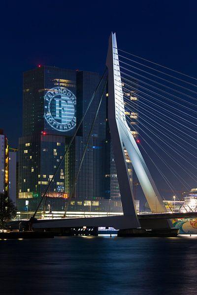 Feyenoord geprojecteerd op de Rotterdam van Anton de Zeeuw