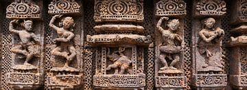 Vier eeuwenoude danseressen en Ganesha van Affect Fotografie
