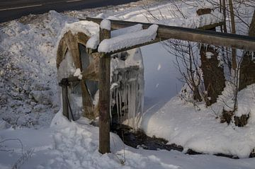 Een bevroren watermolen