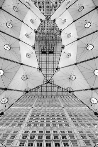 Black and White Abstract Architecture van