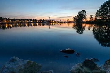 Zicht op kampen over de IJssel van Michel Knikker