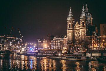 Station Amsterdam van Stefan Lucassen