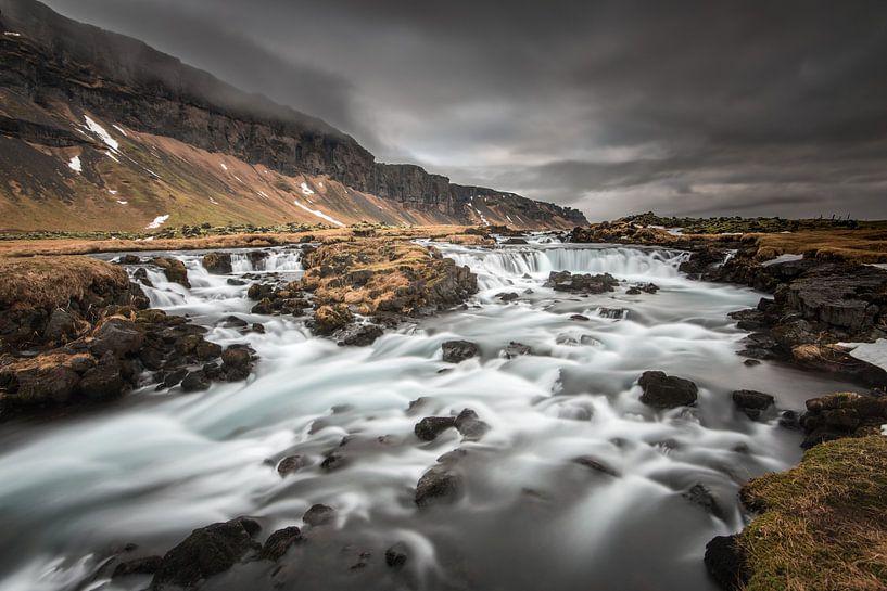 Fossalar, de kleine onbekende IJslandse waterval van Gerry van Roosmalen