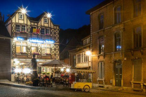 Brasserie bij avond in Durbuy van Evert Jan Luchies