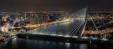 Erasmus bridge Rotterdam sur Paul Hinskens