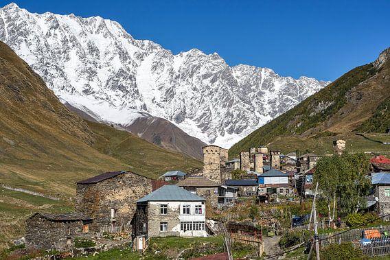Dorp in de Kaukasus van Jeroen Kleiberg