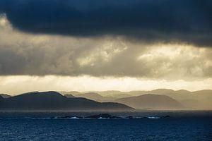 Clouds over the Lyngdalsfjord in Norway van