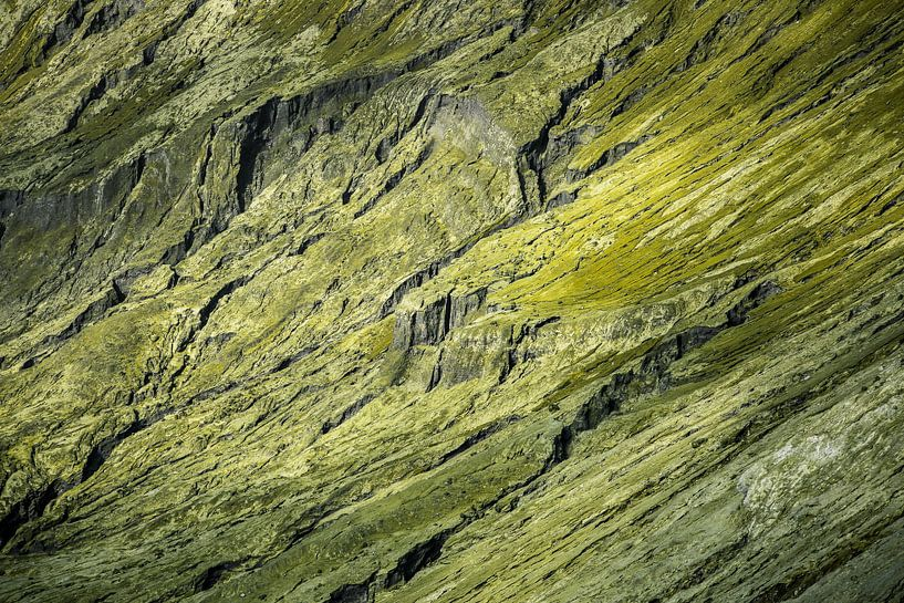Detail van de Bromo Vulkaankrater -  Oost-Java, Indonesië van Martijn Smeets