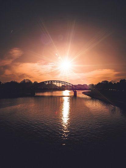 Bridge in Krakau van Iman Azizi