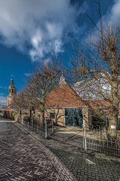 Straatje en schuur in Dronrijp, Friesland von Harrie Muis