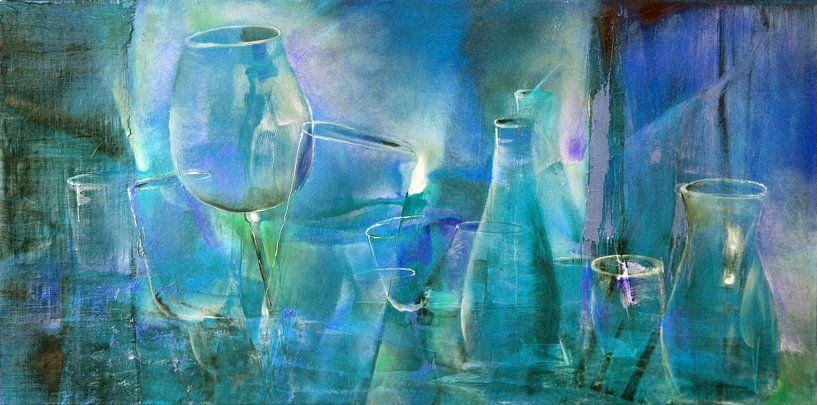 Party : bouteilles, pichets et verres en bleu et turquoise sur Annette Schmucker