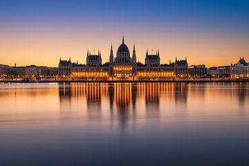 Zonsopgang in Boedapest, Hongarije van Michael Abid