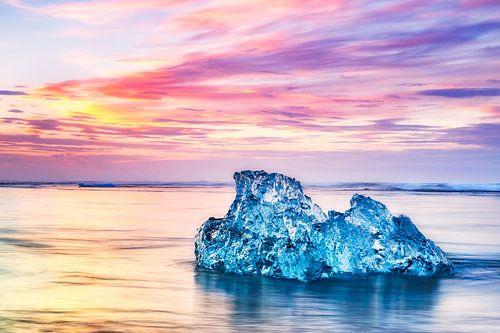 Gletschereis am Strand