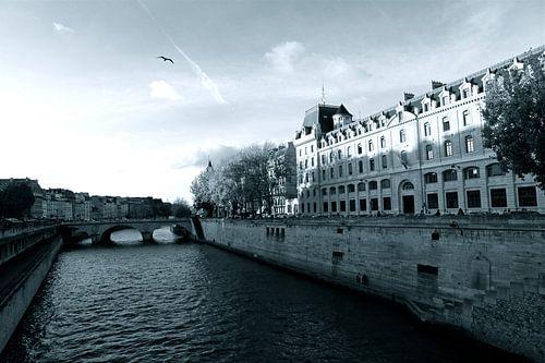 La Seine Paris van