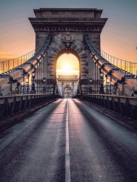 Budapest Chain Bridge von Iman Azizi