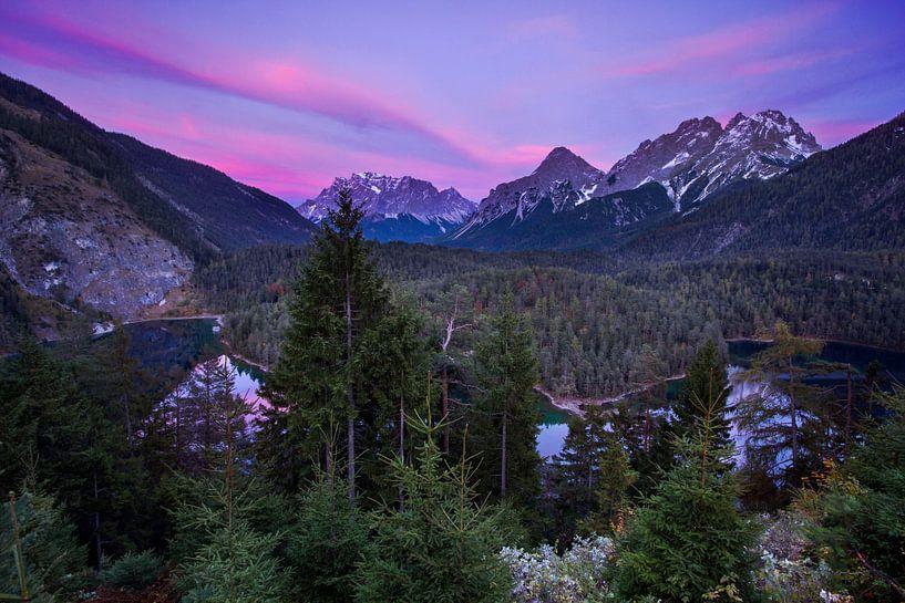 Zugspitze avondopname van Hans van den Beukel