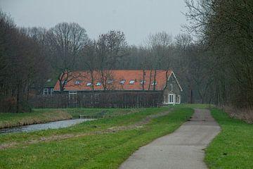 Een boerderij in de Alkeetse Polder 02 van Hans Blommestijn