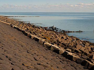 Basaltblokken op Waddendijk, Terschelling sur Rinke Velds