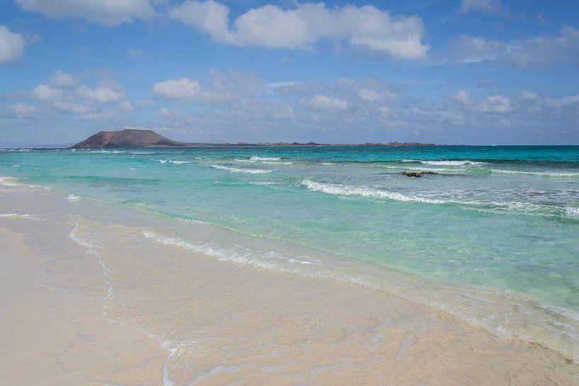 Playa de las dunas CORRALEJO (Fuerteventura) van Marian Sintemaartensdijk