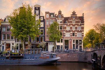 Zonsondergang Prinsengracht, Brouwergracht te Amsterdam van Thea.Photo