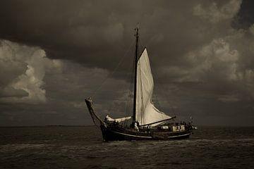 Zeiljacht op zee van Sander Meijering