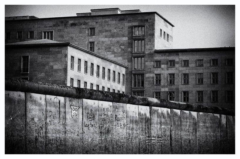 The wall (berlijn) van Jaco Verheul