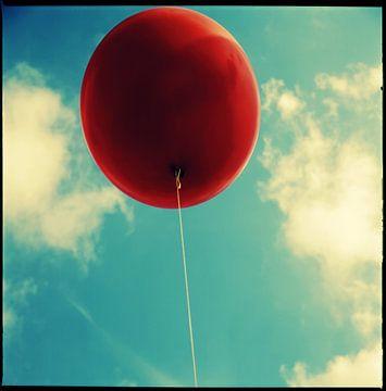 Red Balloon van Smarts Fotografie