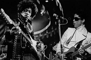 Jimi Hendrix and Prince on stage. van Brian Morgan