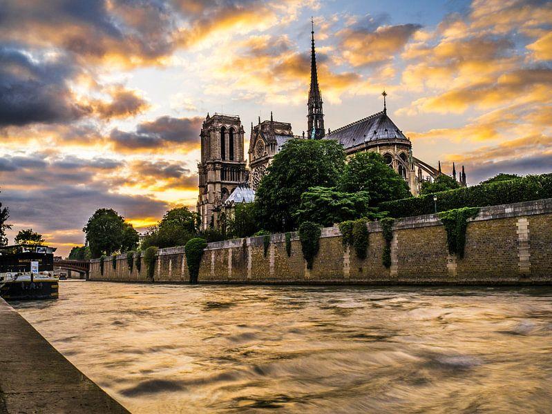 Parijs van Oscar van Crimpen