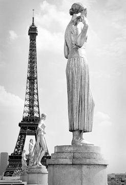 Het Trocadero bij de Eiffeltoren in Parijs von Peter Hofwegen