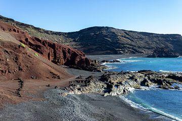 Küstenabschnit von El Golfo auf Lanzarote von Reiner Conrad