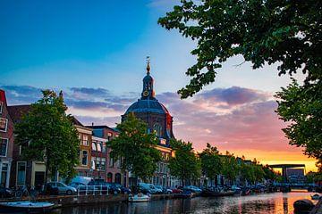 Zonsondergang Oude Singel, Leiden van Franck Doho