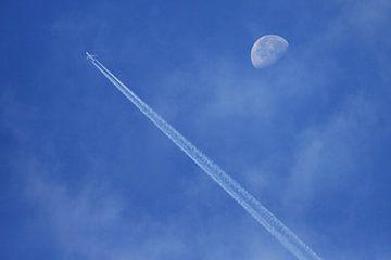 Fly me to te moon van Bob Bleeker