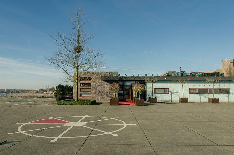 Brasserie Bakboord in Almere Haven van Sven Wildschut