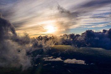 Wispy Clouds van Denis Feiner