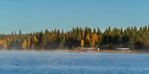 Watervliegtuigen bij Gällivare Zweden bij zonsopgang