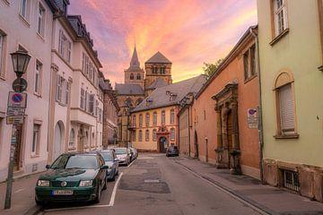 Een prachtige zonsondergang bij de Trierer Dom, , Trier (Duitsland) van Martijn Mureau